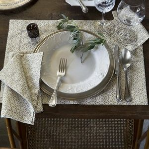 Filigree by Sferra Fine Linens - Table Runner